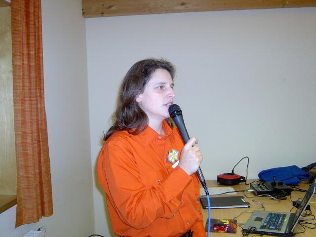 Callerin Steffi bei der Arbeit