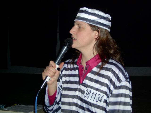 Callerin Steffi als Sträfling
