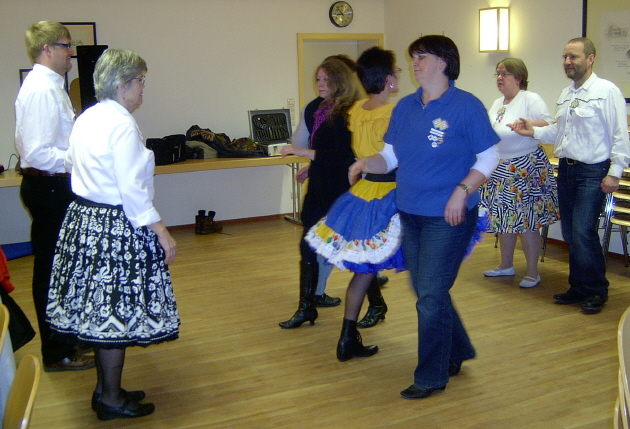 wieder tanzen wir im Kolpinghaus